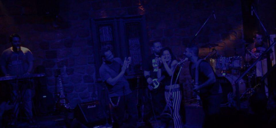 Live στο Crow Club